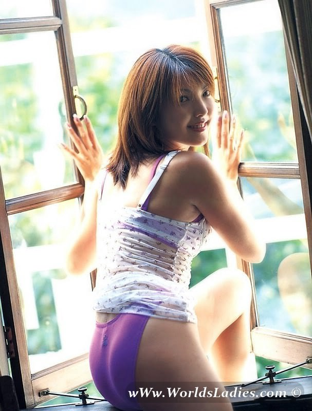 Akane Souma Photo Gallery