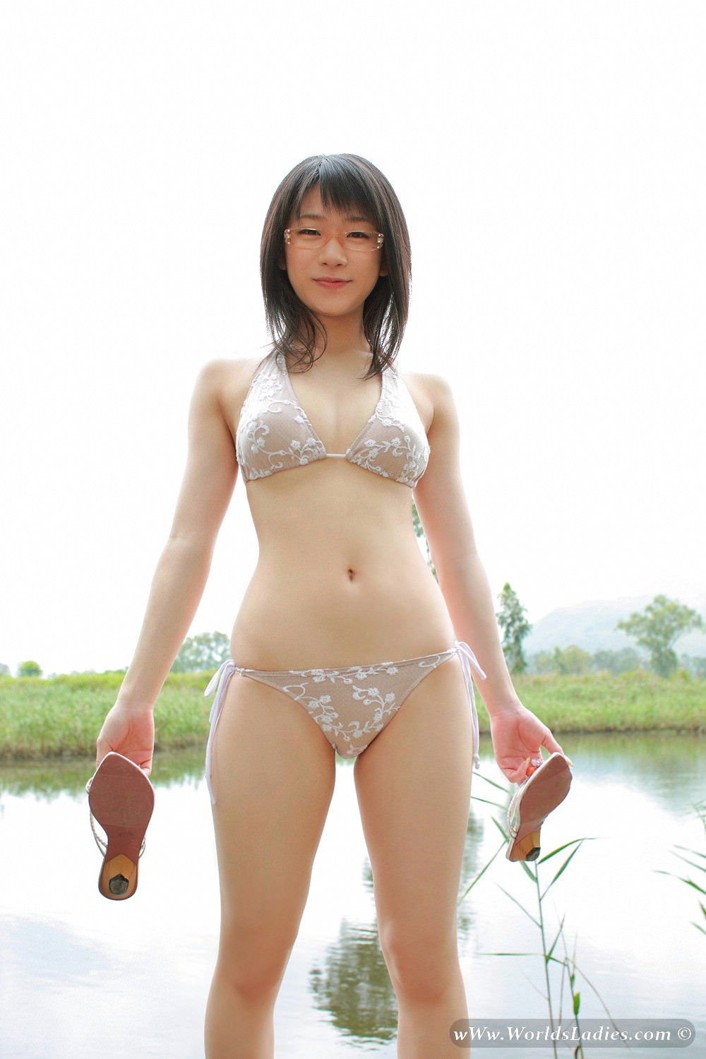 Ami Tokito Photo Gallery