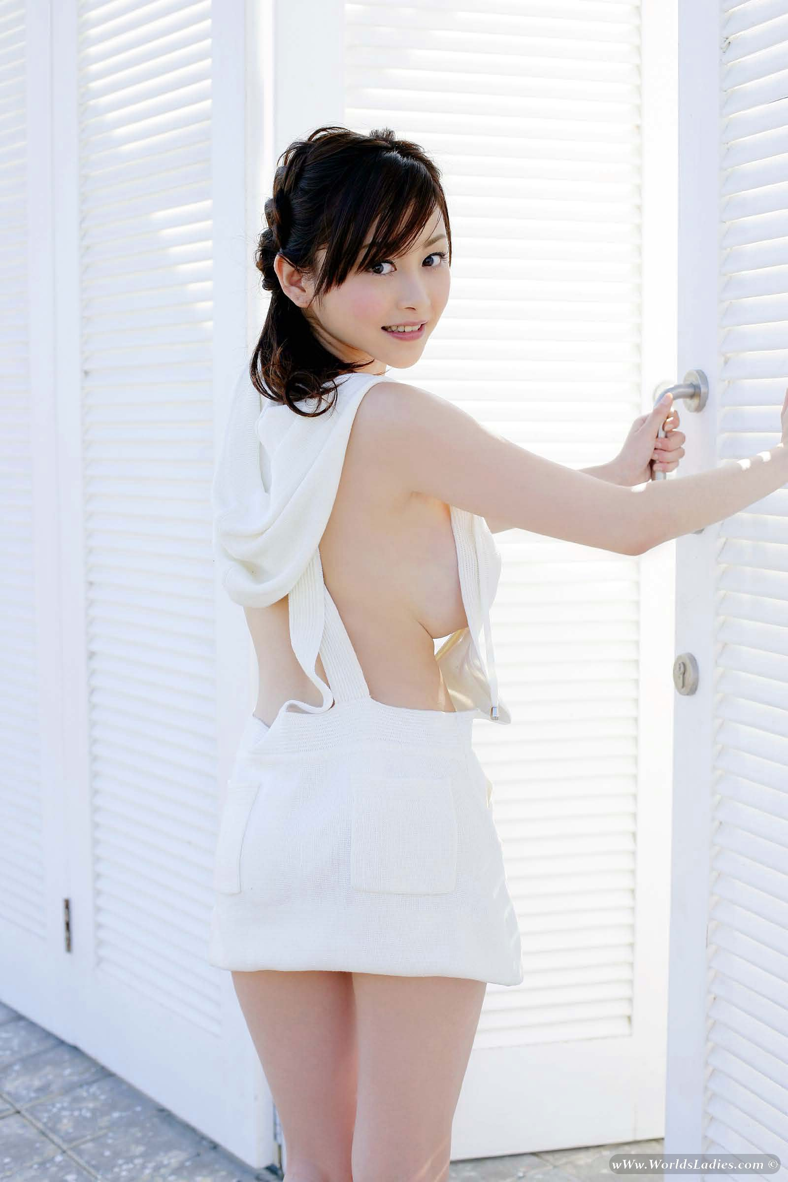 Anri Sugihara Photo Gallery