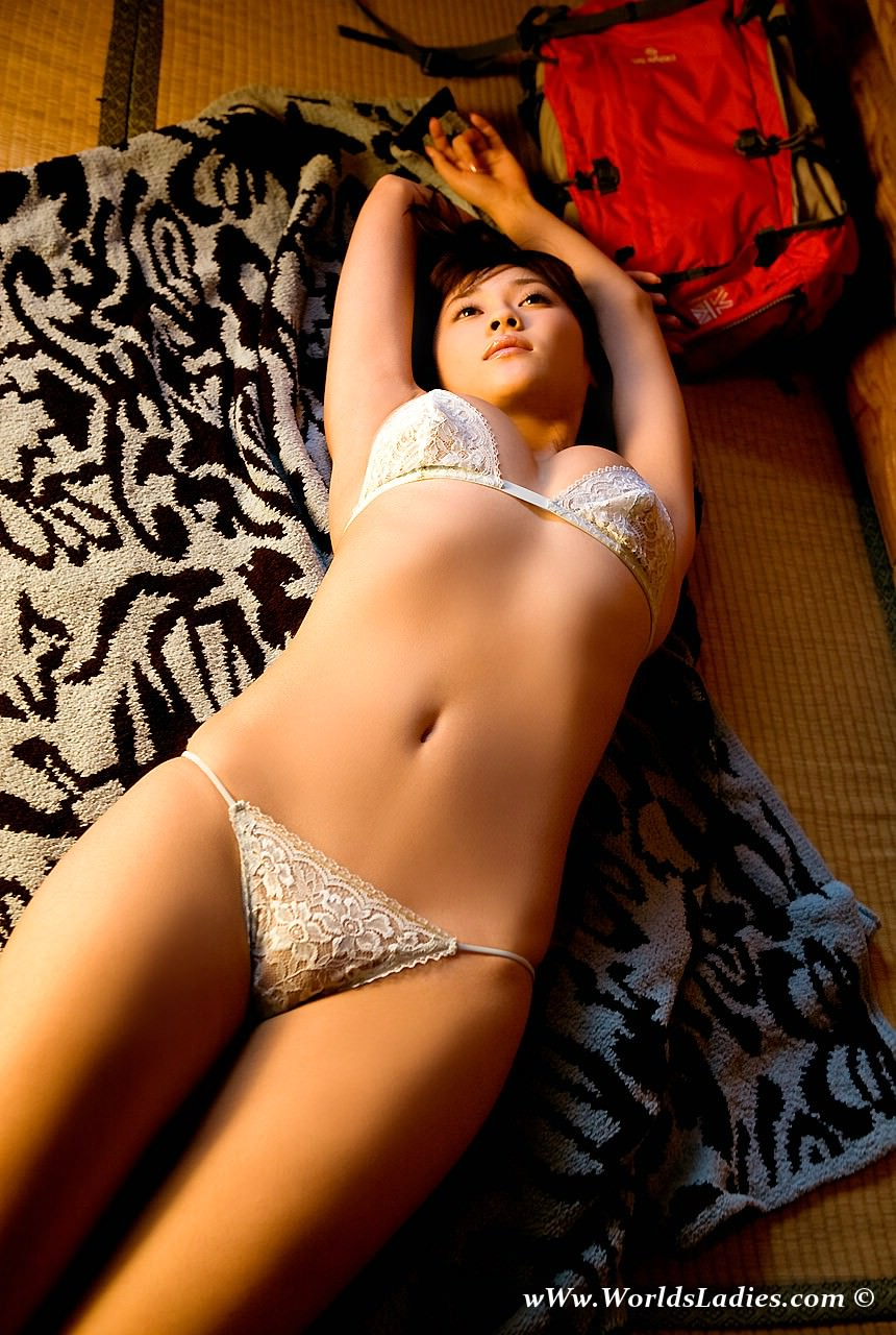 Mikie Hara Photo Gallery