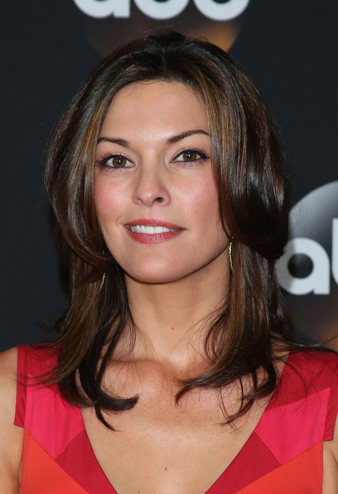 Alana De La Garza Photo Gallery