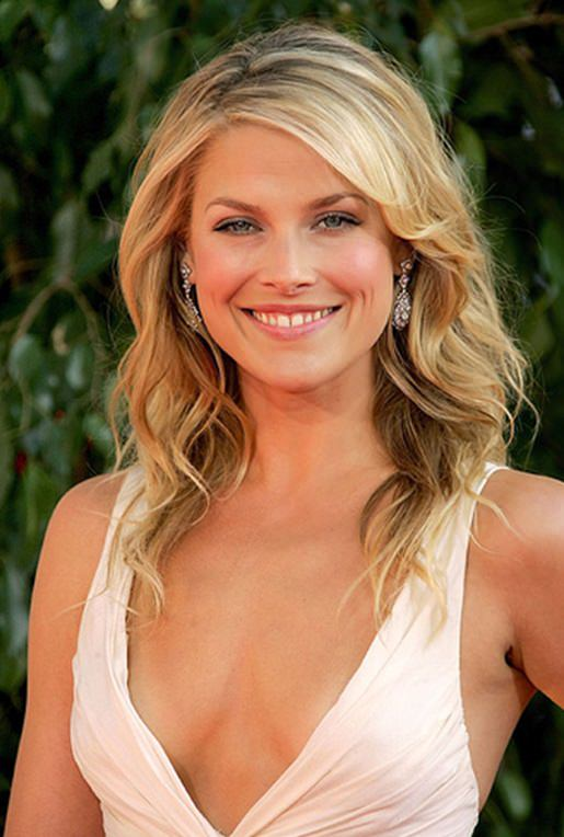 Ali Larter Photo Gallery