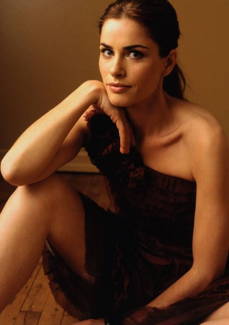 Amanda Peet Photo Gallery