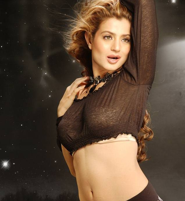 Amisha Patel Photo Gallery