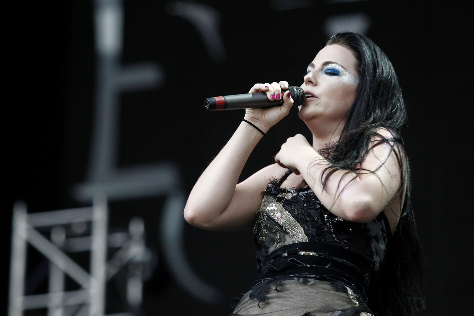 Amy Lee Photo Gallery