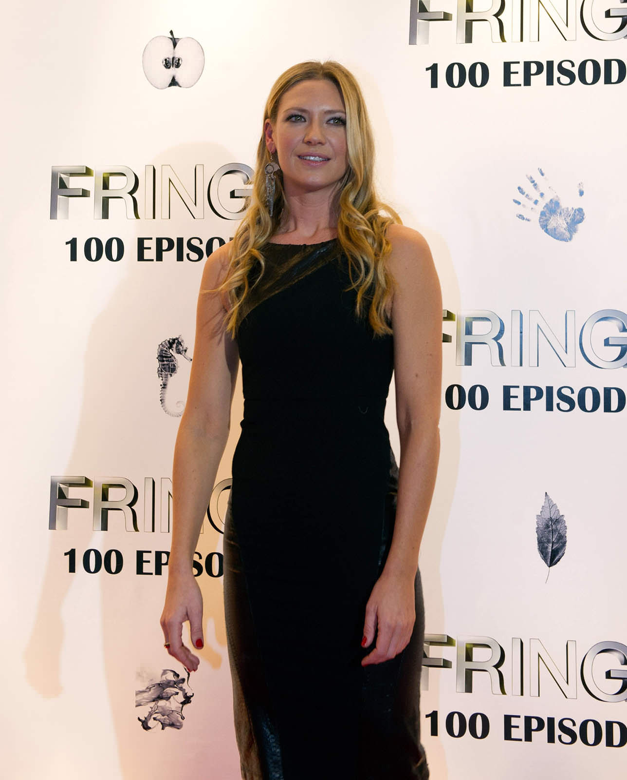 Anna Torv Photo Gallery
