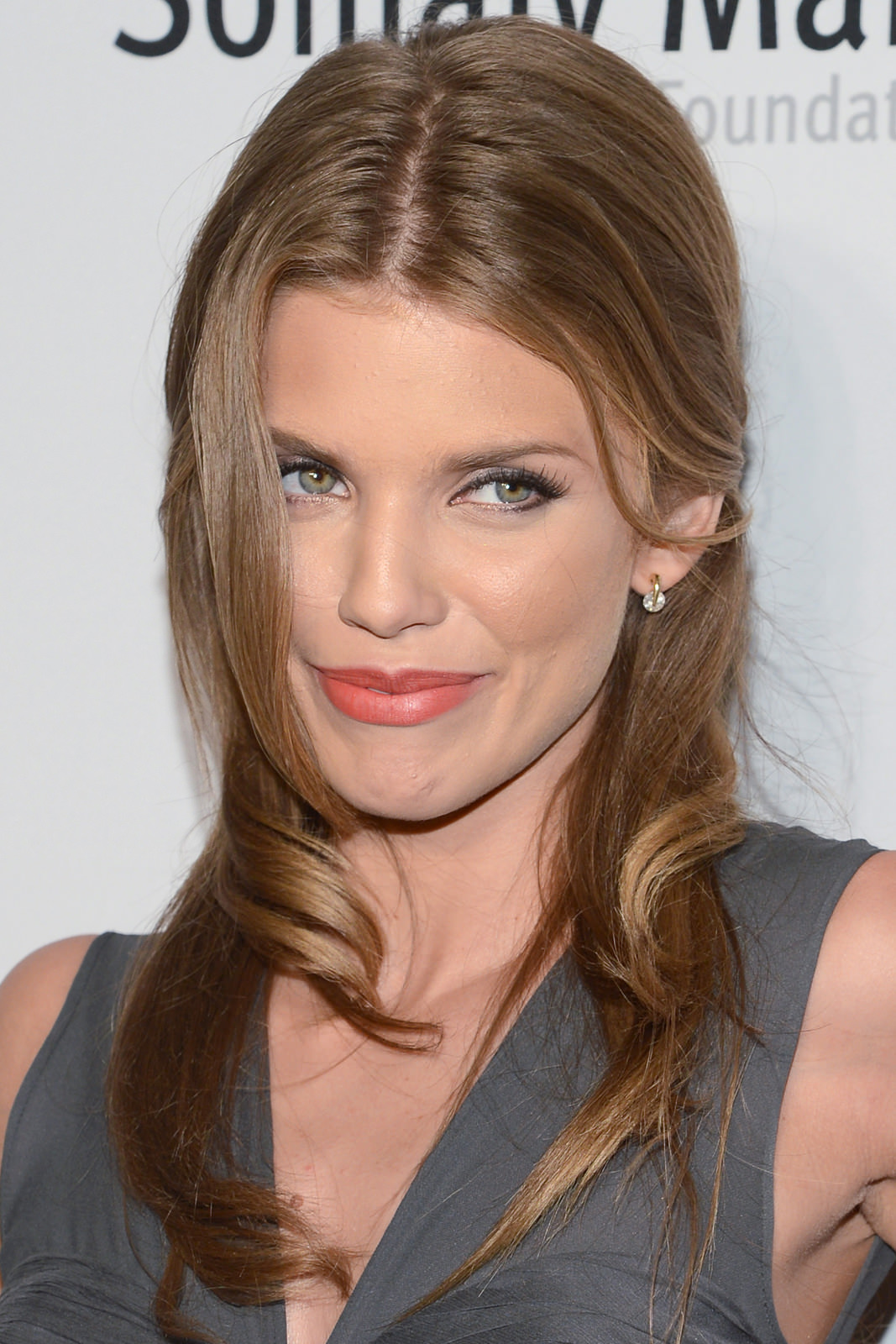 AnnaLynne McCord Photo Gallery
