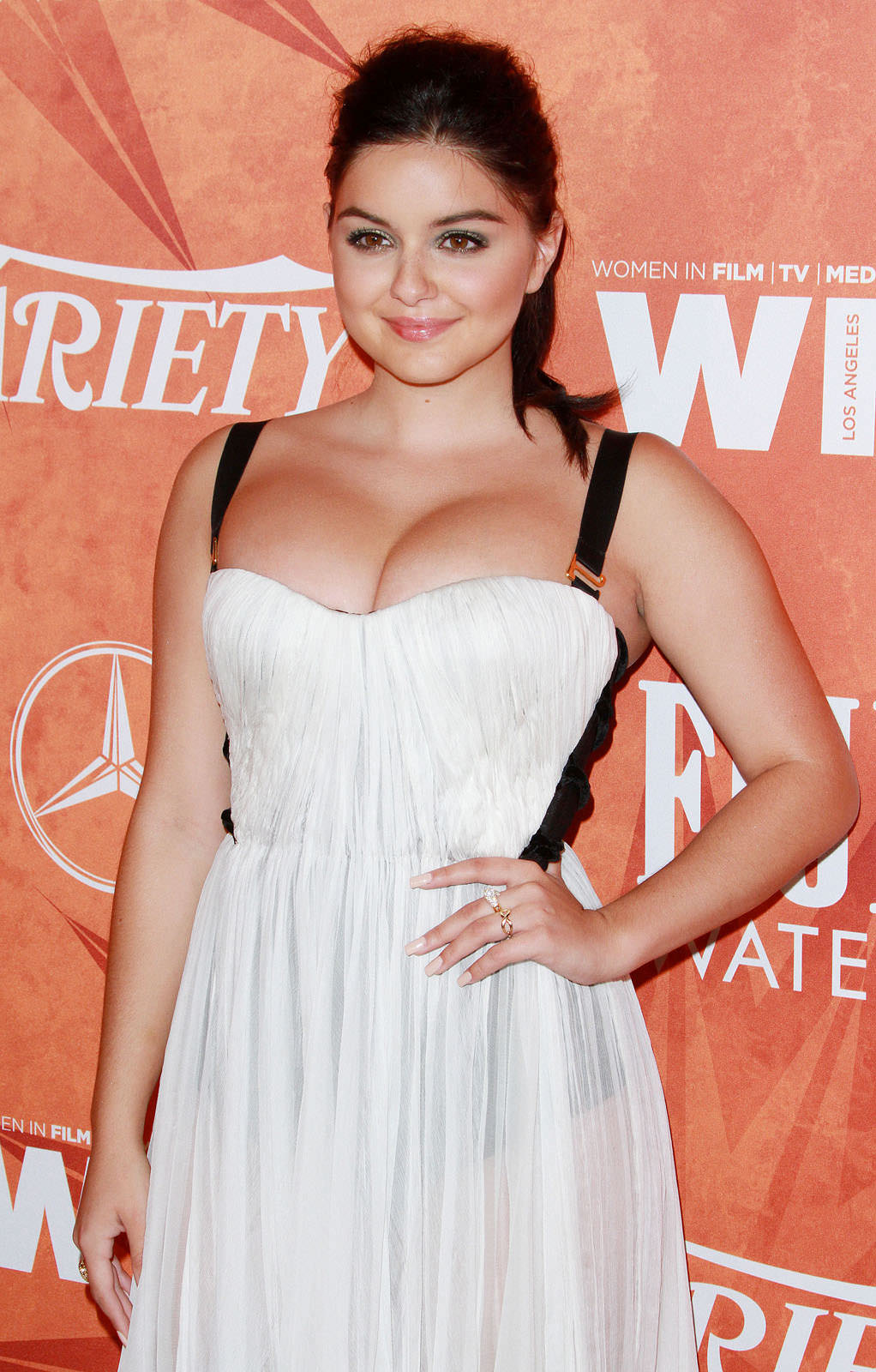 Ariel Winter Photo Gallery