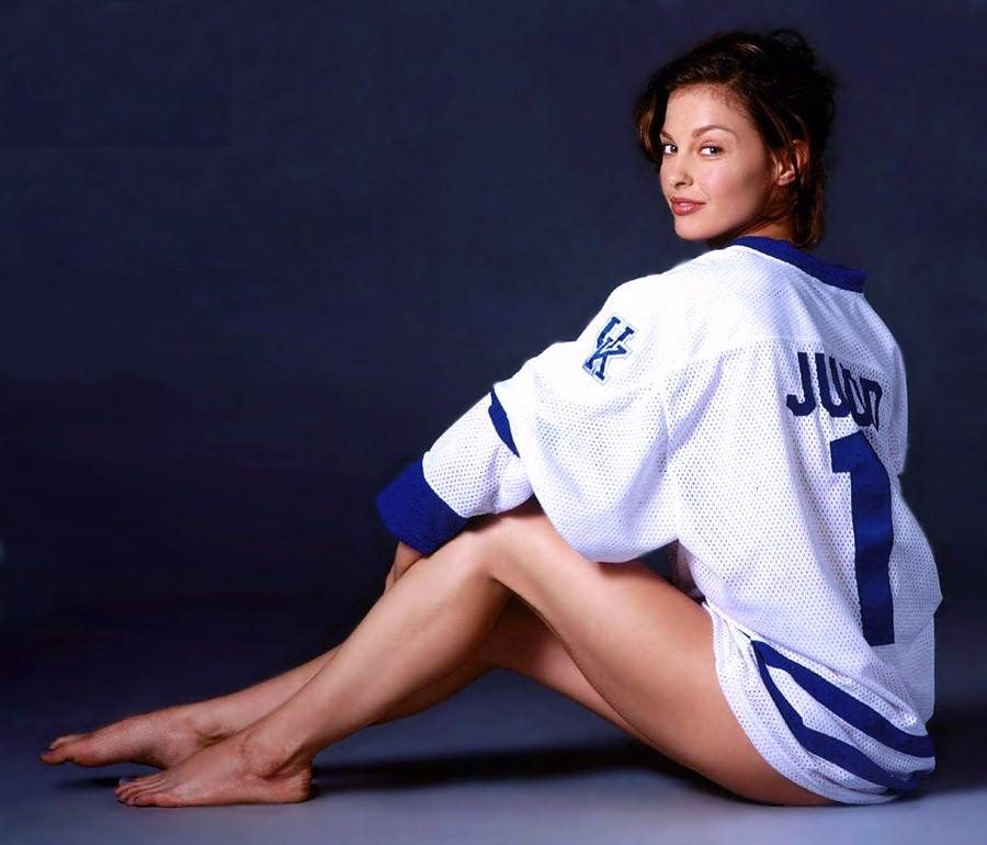 Ashley Judd Photo Gallery