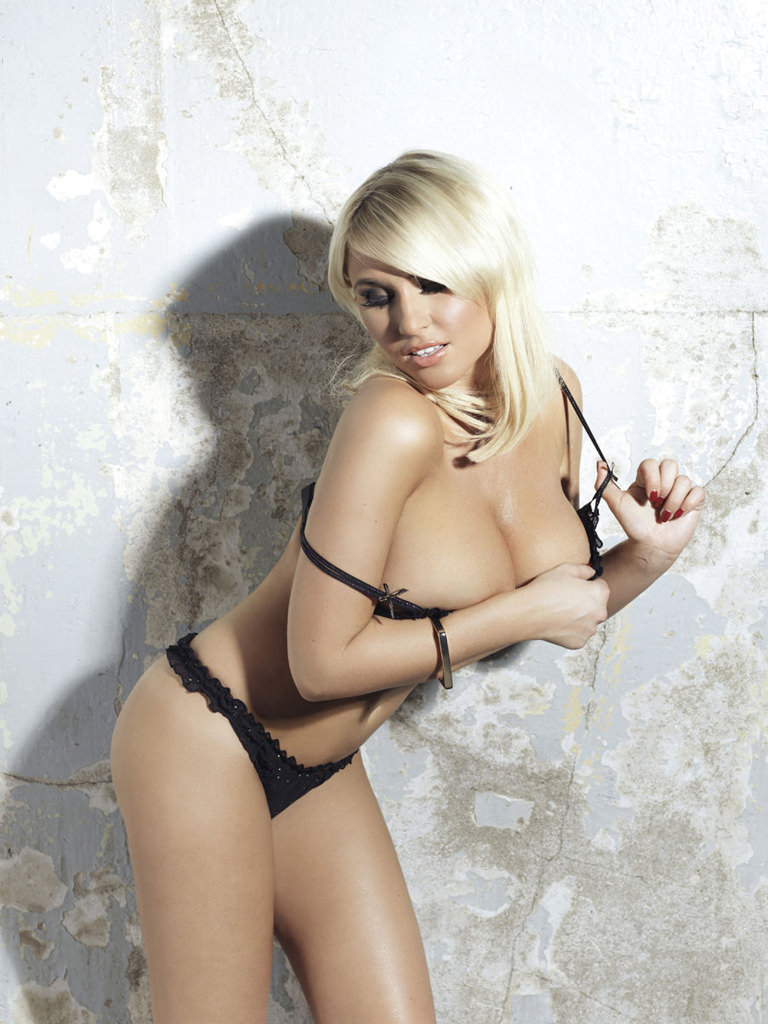 Billie Faiers Photo Gallery