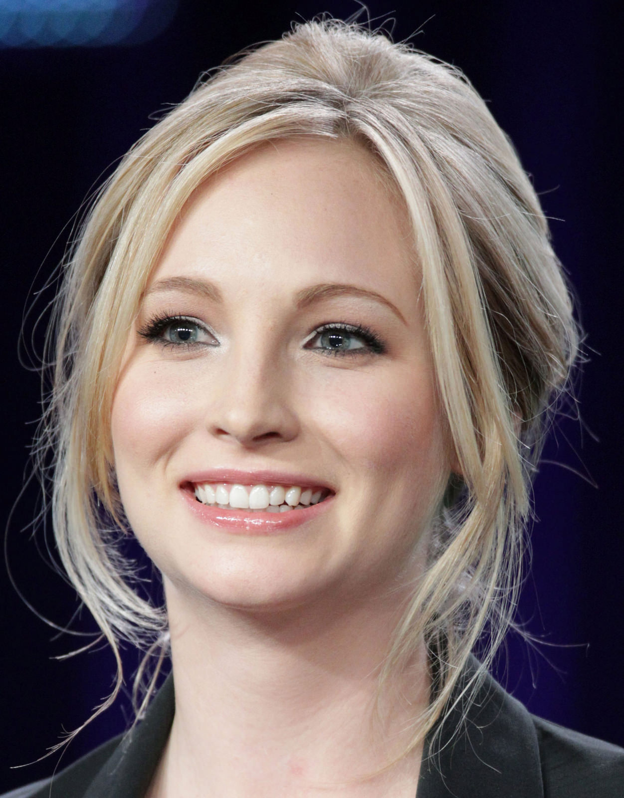 Candice Accola Photo Gallery