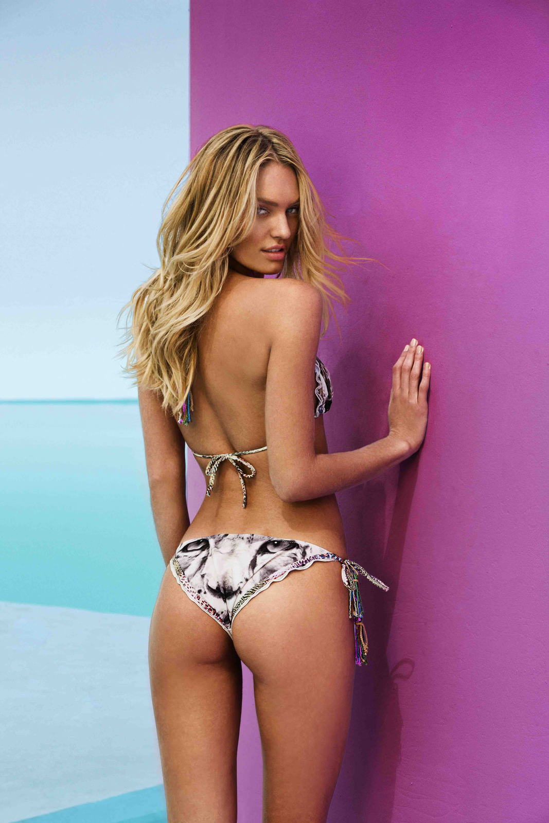 Candice Swanepoel Photo Gallery