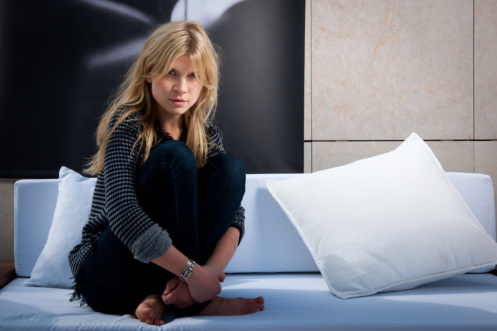 Clemence Poesy Photo Gallery