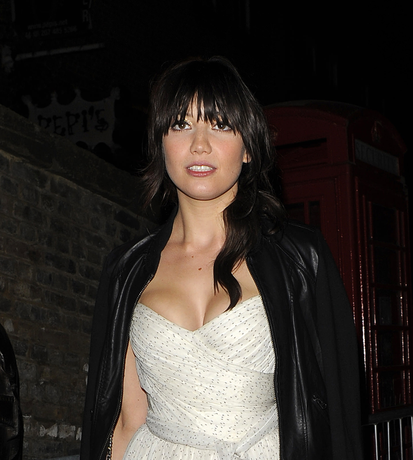 Daisy Lowe Photo Gallery