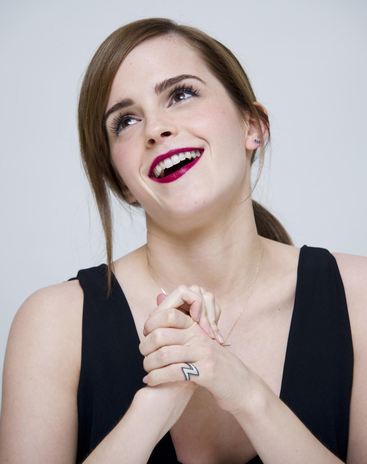 Emma Watson Photo Gallery