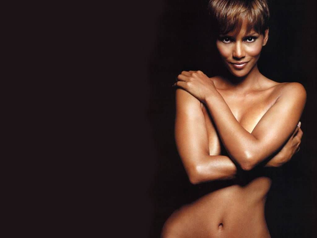 Halle Berry Photo Gallery