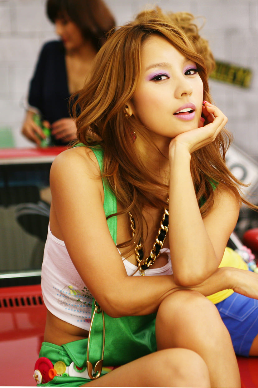 Hyori Lee Photo Gallery