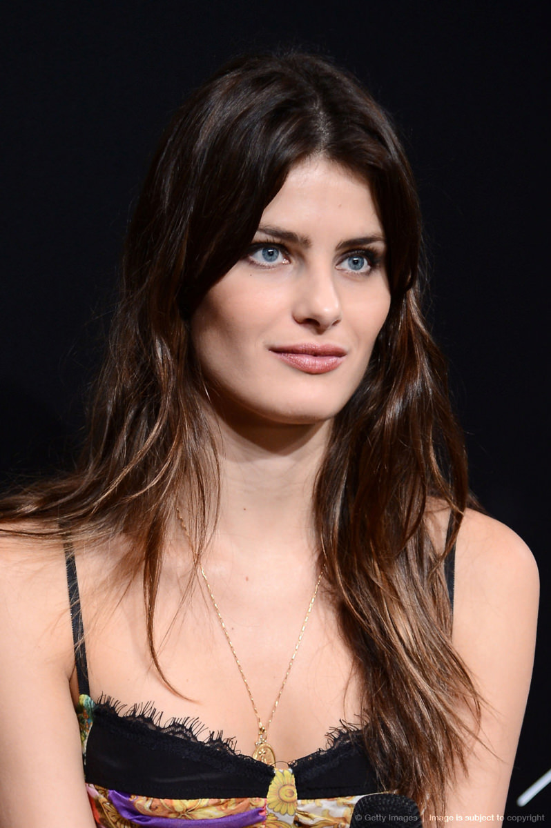 Isabeli Fontana Photo Gallery