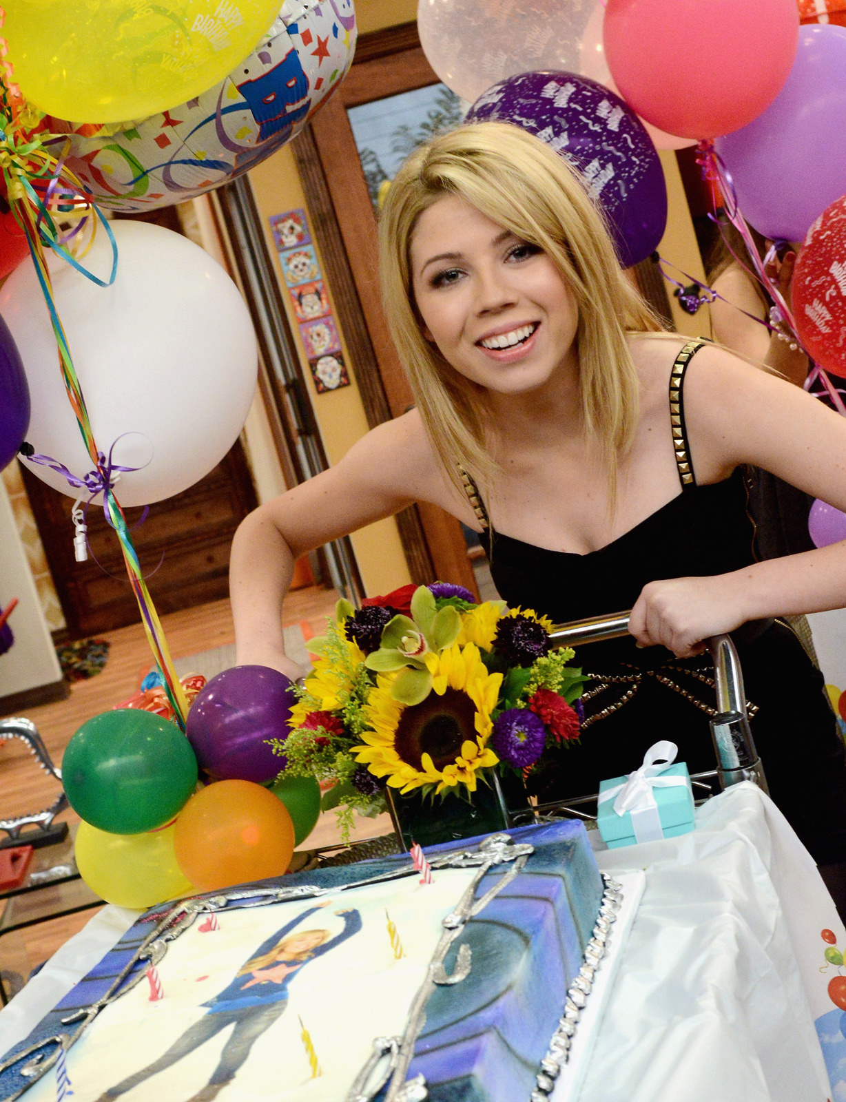 Jennette McCurdy Photo Gallery