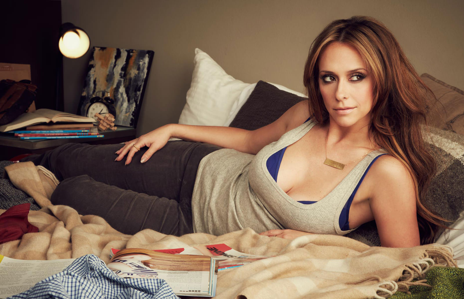 Jennifer Love Hewitt Photo Gallery