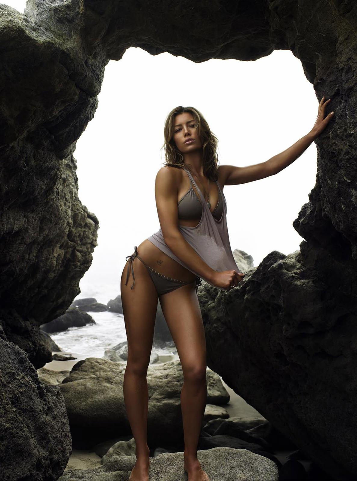 Jessica Biel Photo Gallery