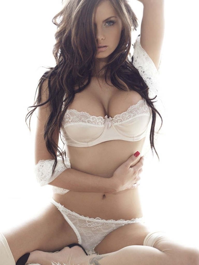 Jessica Jane Clement Photo Gallery