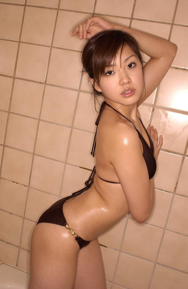 Juri Takahashi Photo Gallery