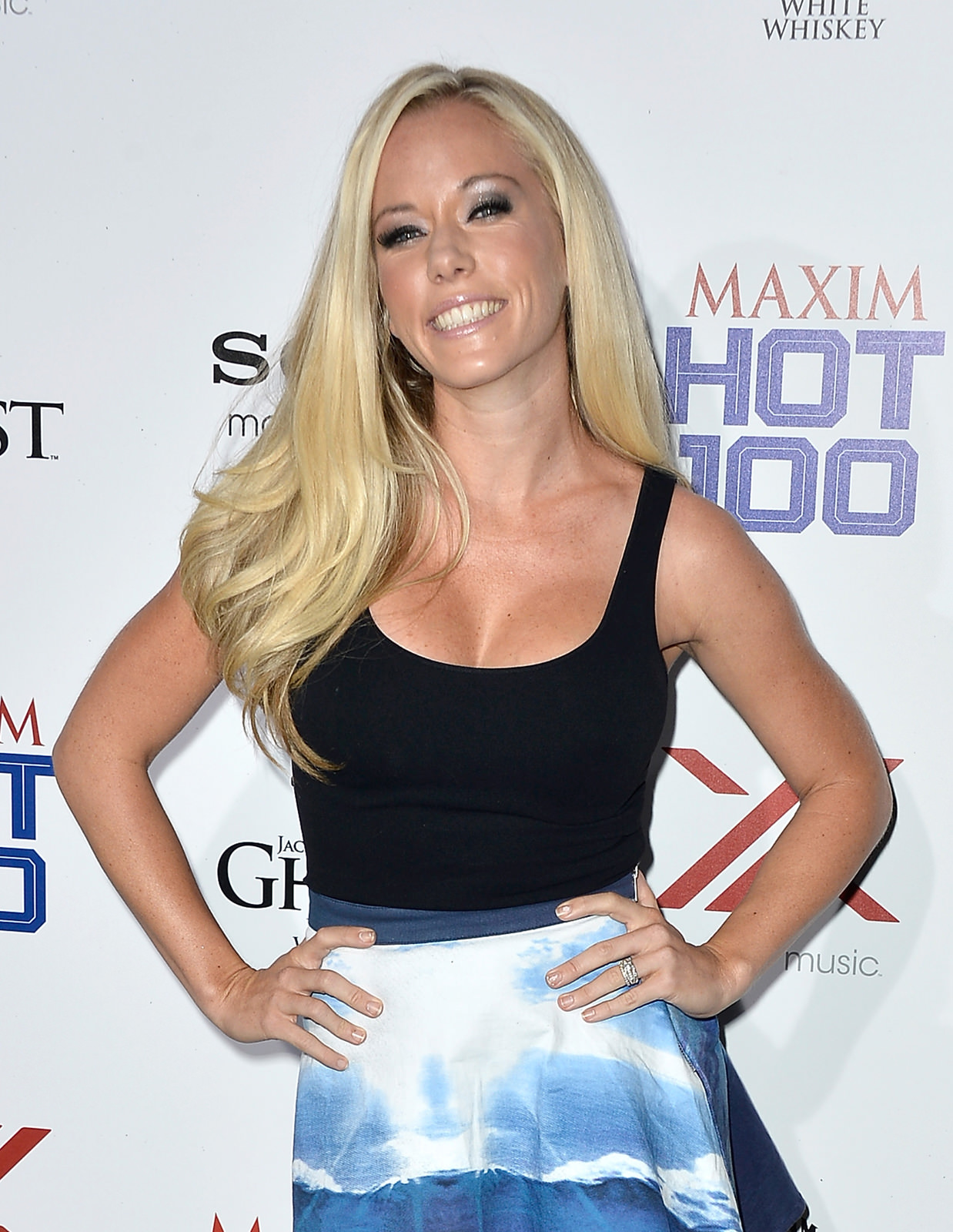 Kendra Wilkinson Photo Gallery