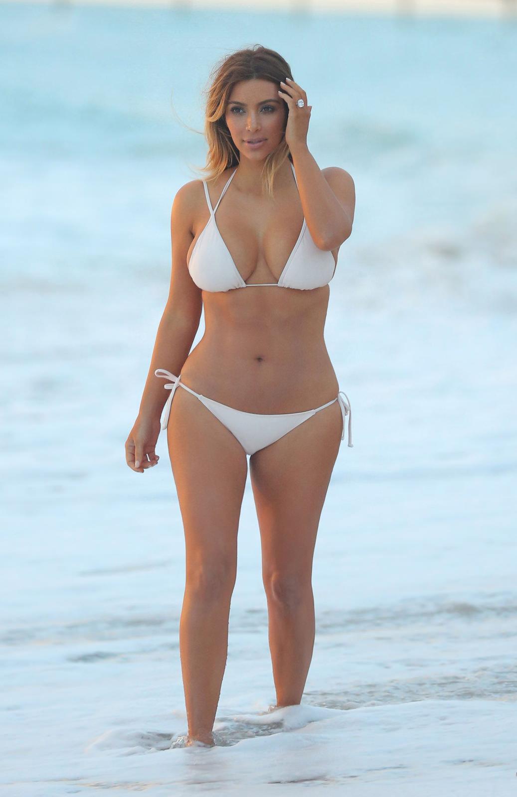 Kim Kardashian Photo Gallery