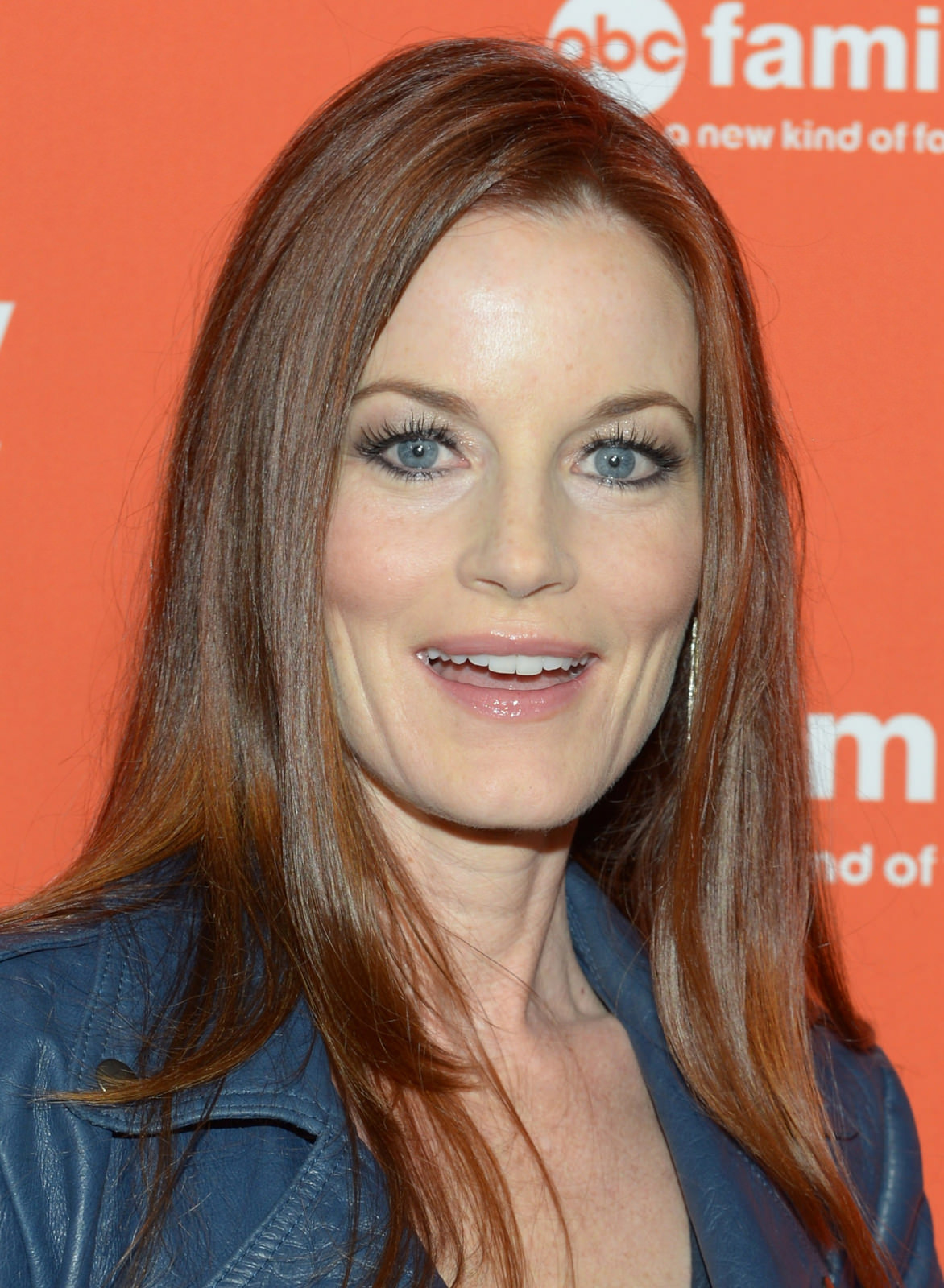 Laura Leighton Photo Gallery