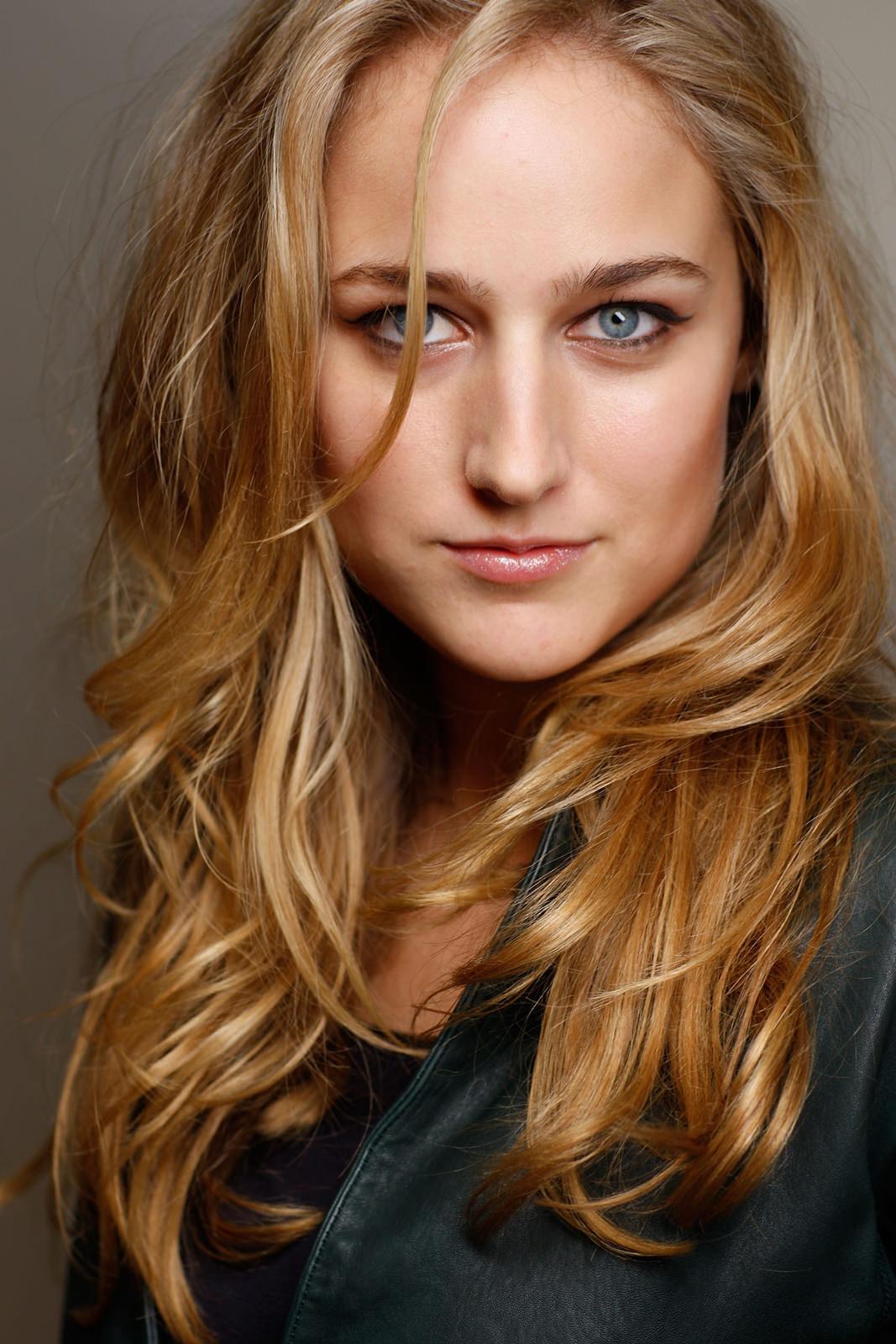 Leelee Sobieski Photo Gallery