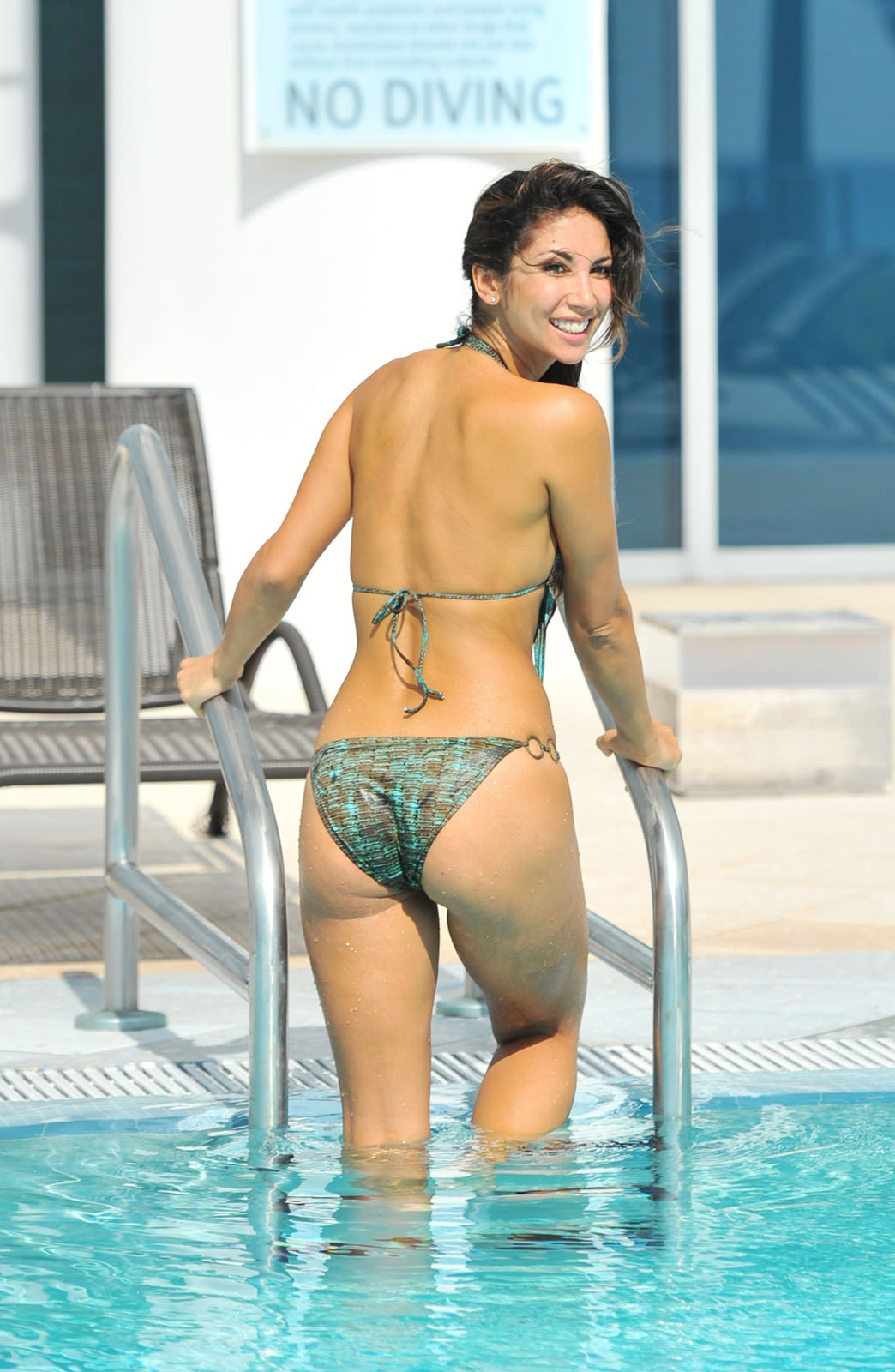 Leilani Dowding Photo Gallery
