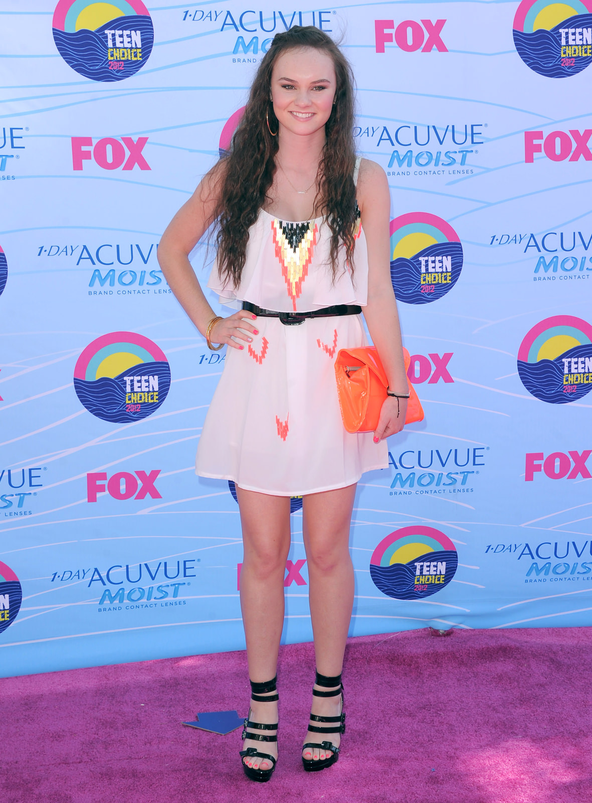 Madeline Carroll Photo Gallery