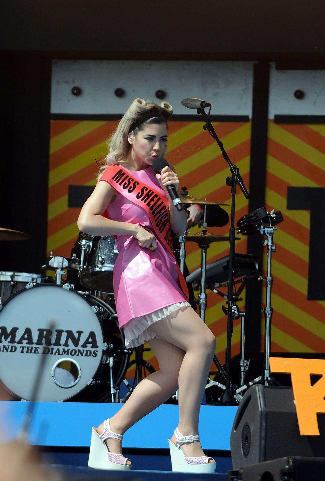Marina Diamandis Photo Gallery