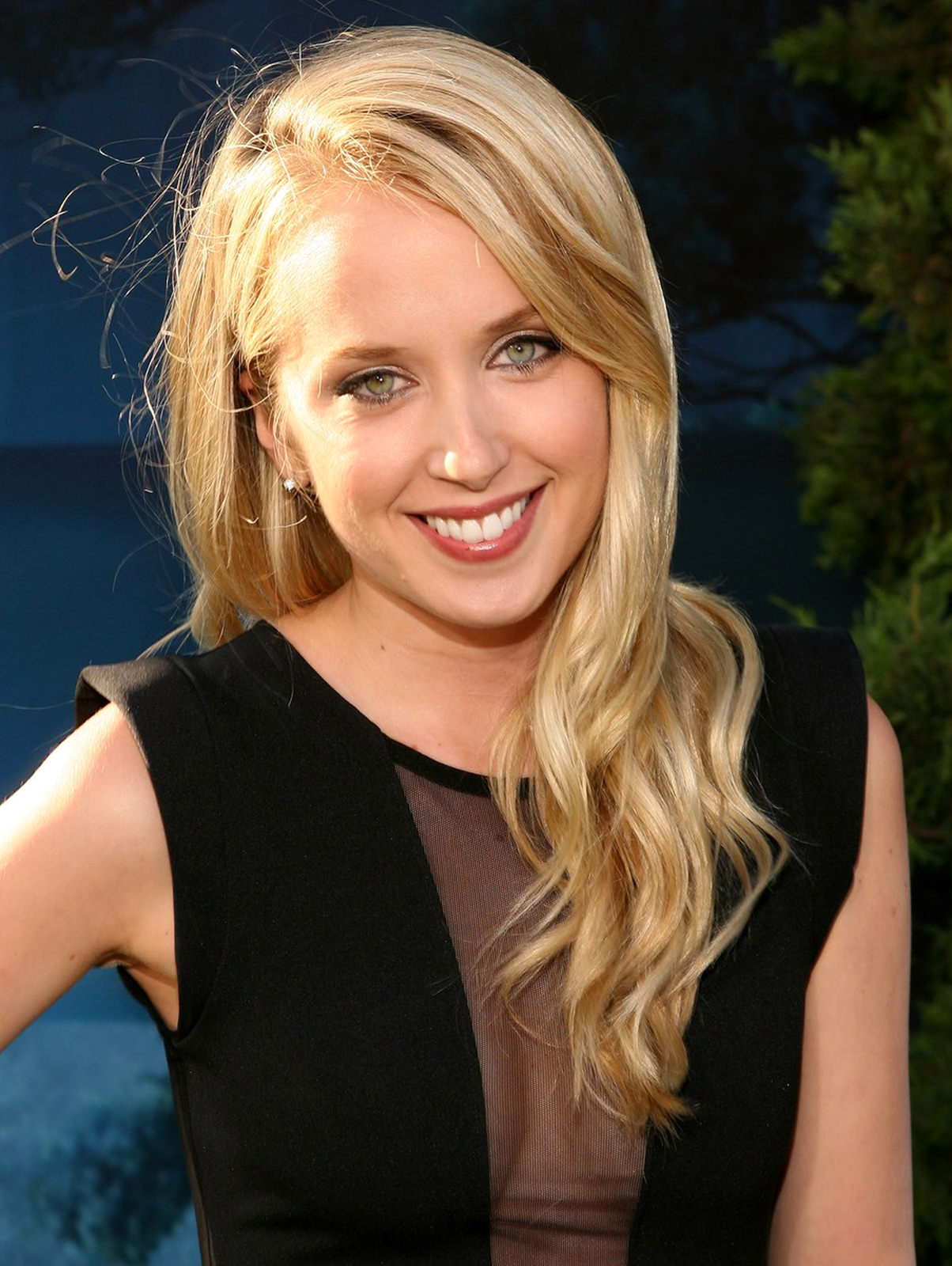 Megan Park Photo Gallery