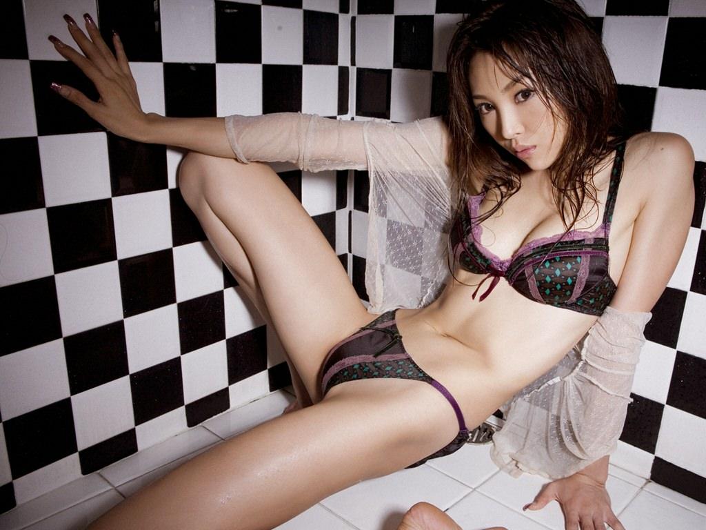 Midori Yamasaki Photo Gallery