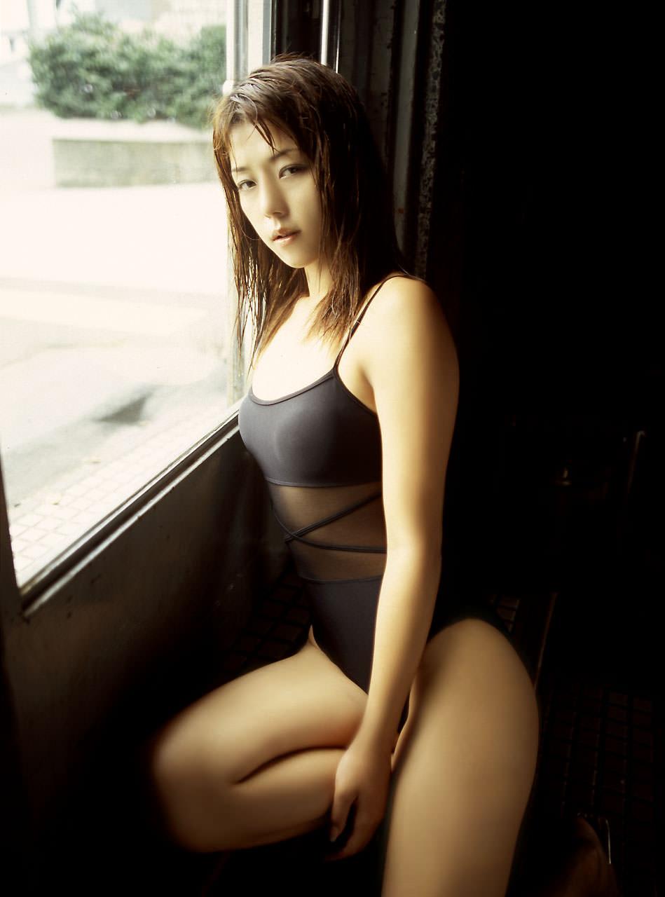 Miho Yoshioka Photo Gallery
