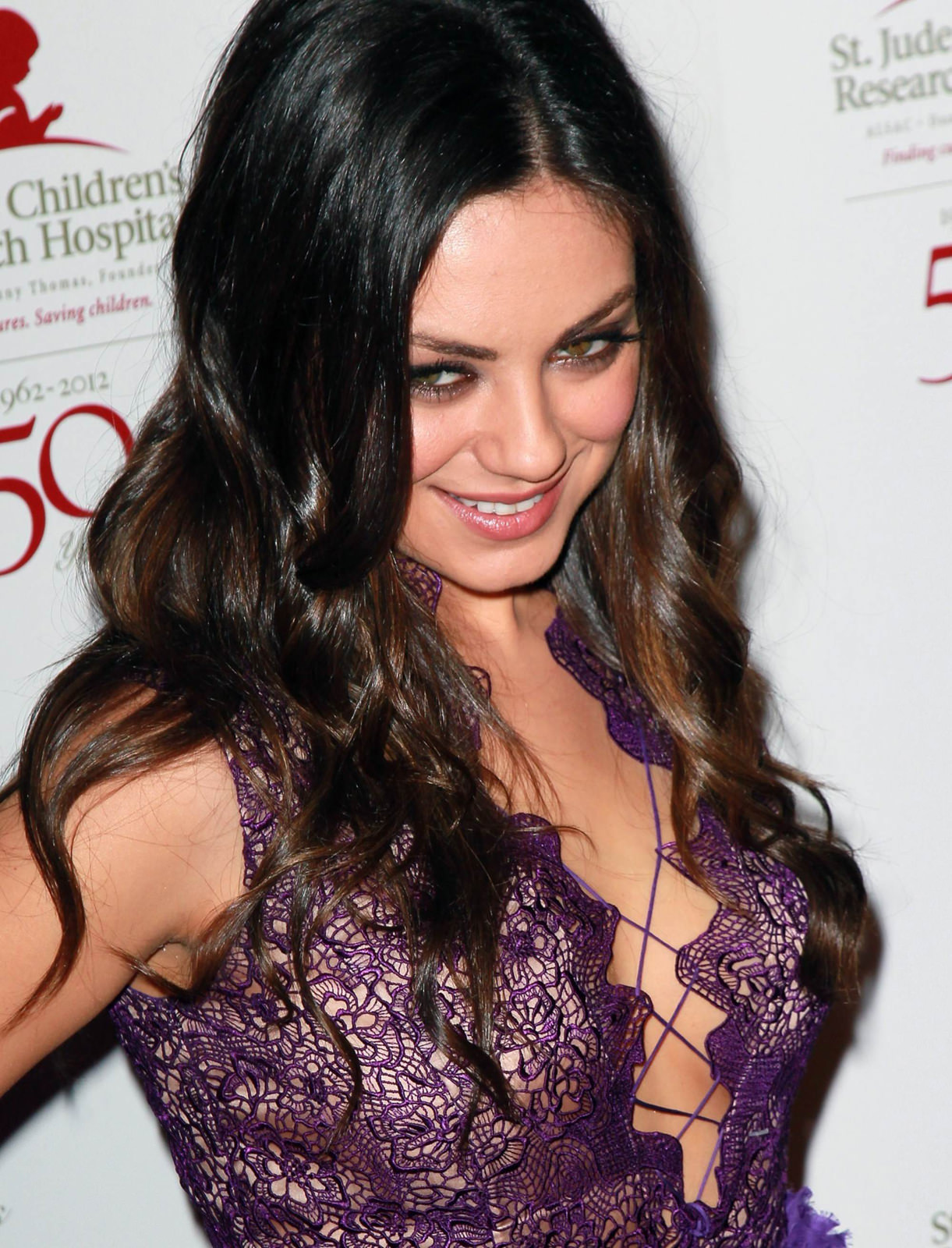 Mila Kunis Photo Gallery