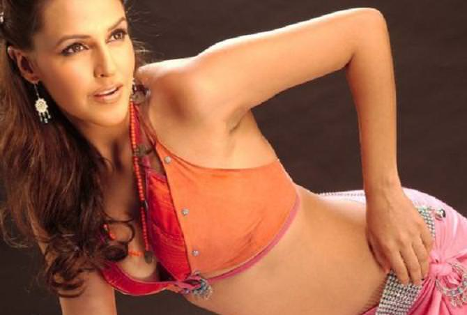Neha Dhupia Photo Gallery