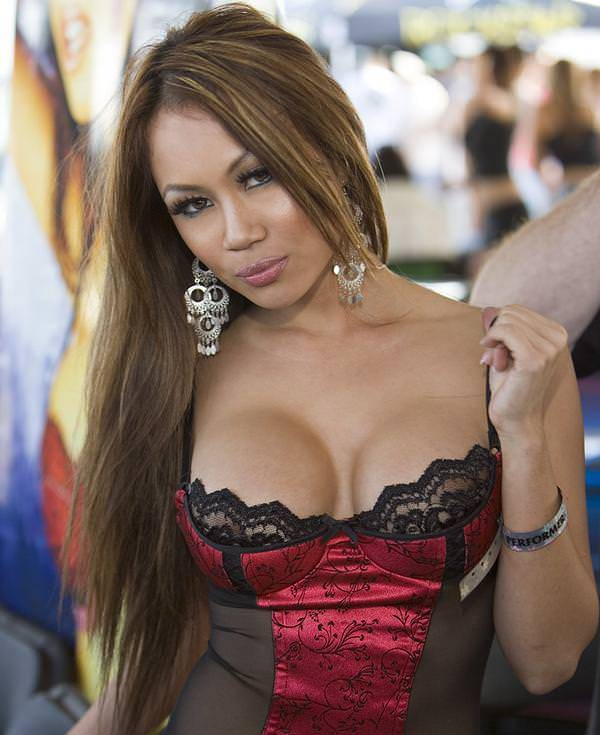 Nina Carla Photo Gallery