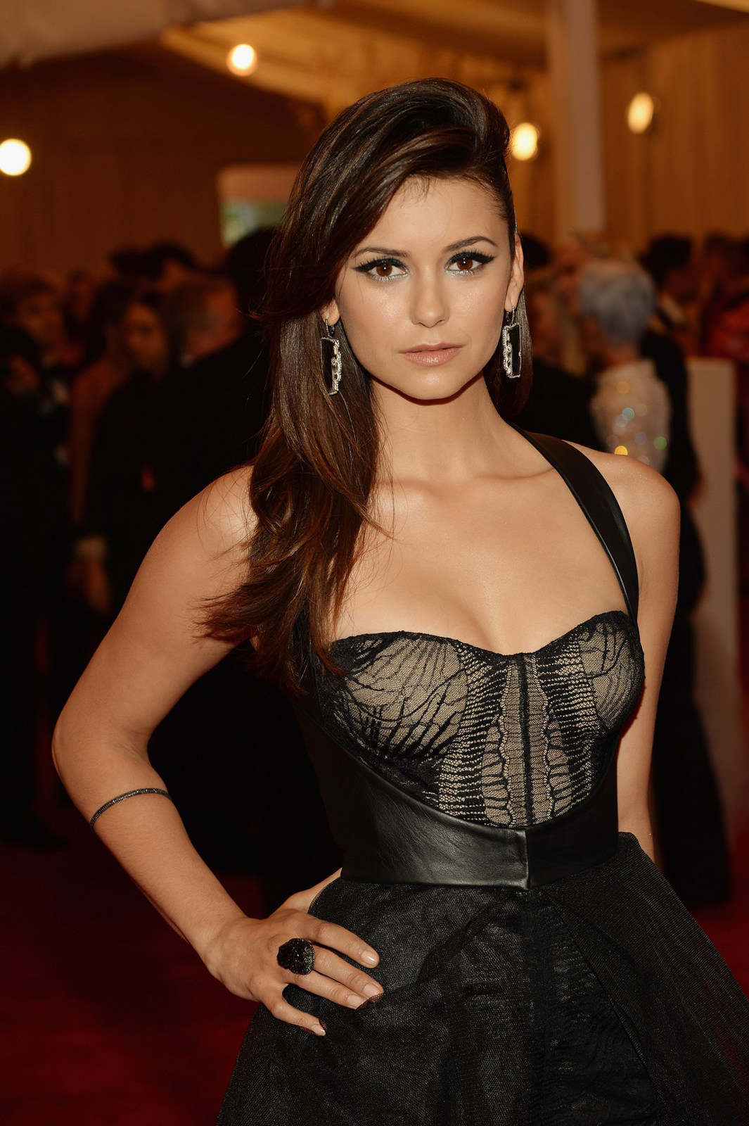 Nina Dobrev Photo Gallery
