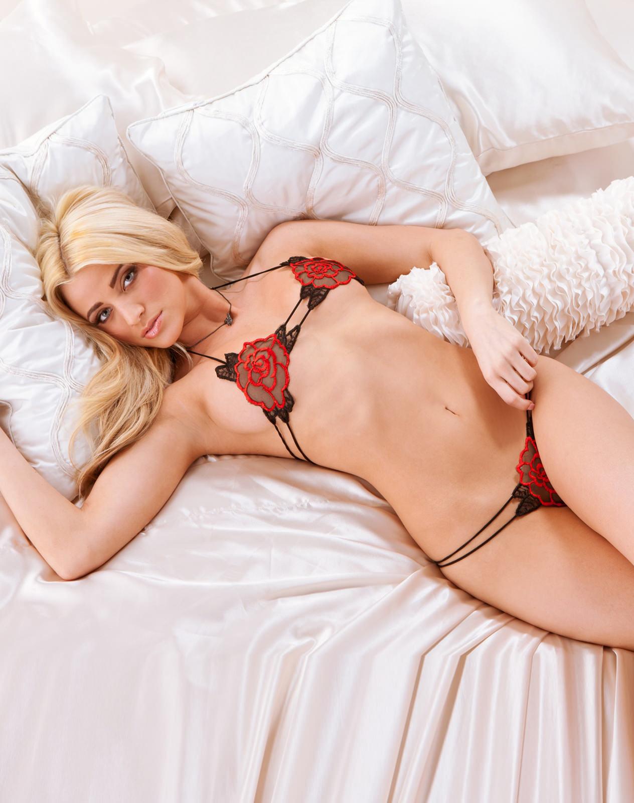Olivia Paige Photo Gallery