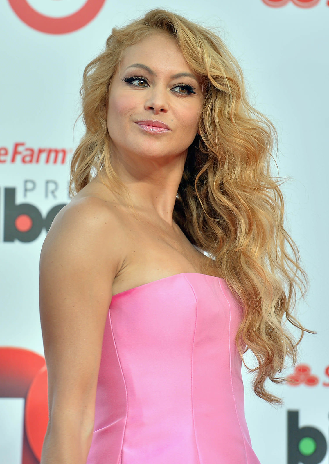 Paulina Rubio Photo Gallery