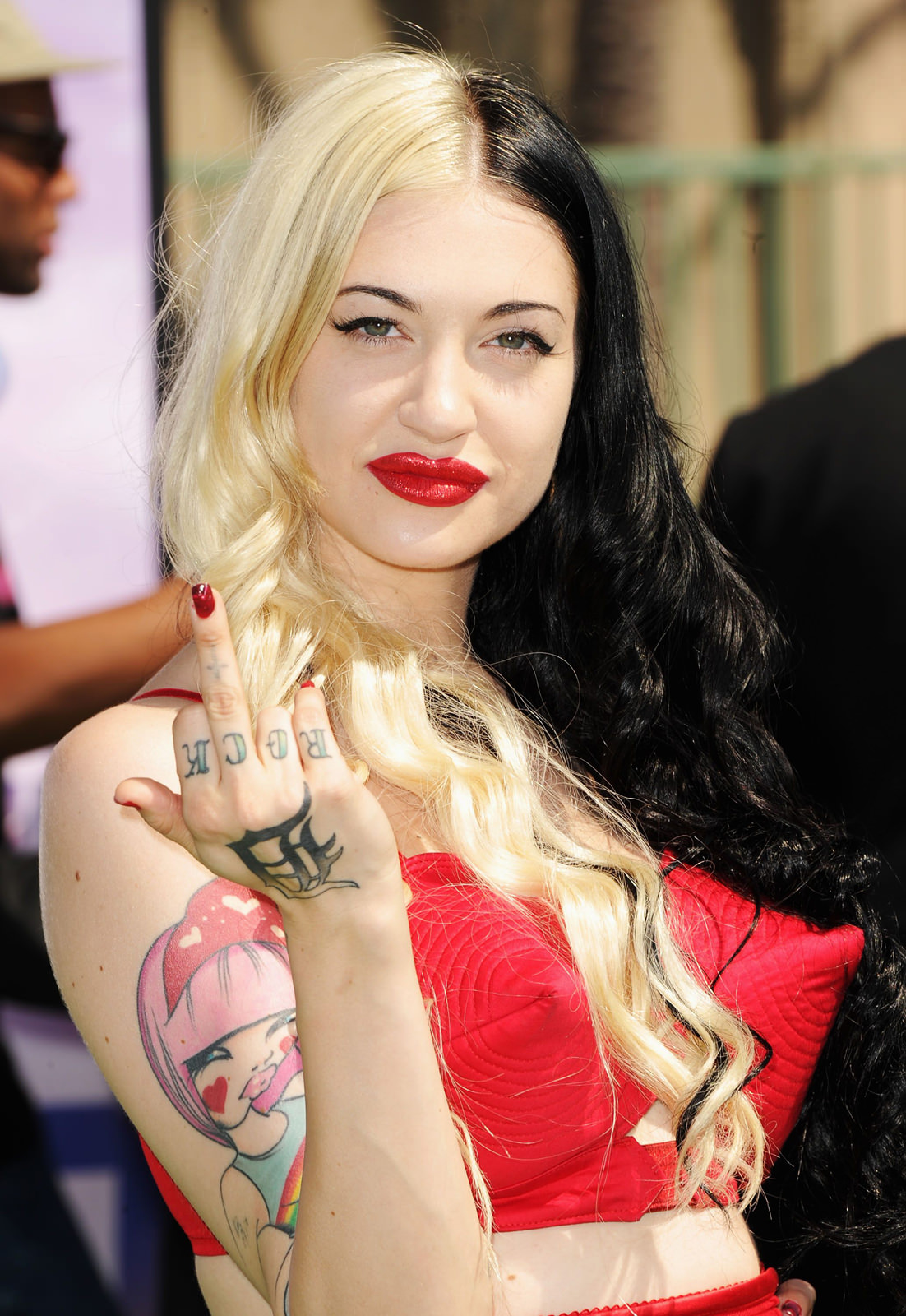 Porcelain Black Photo Gallery