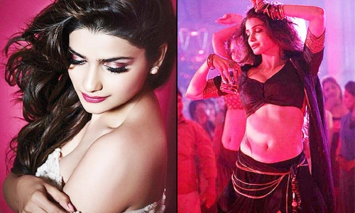 Bollywood Actress Prachi Desai Best New Video Gallery