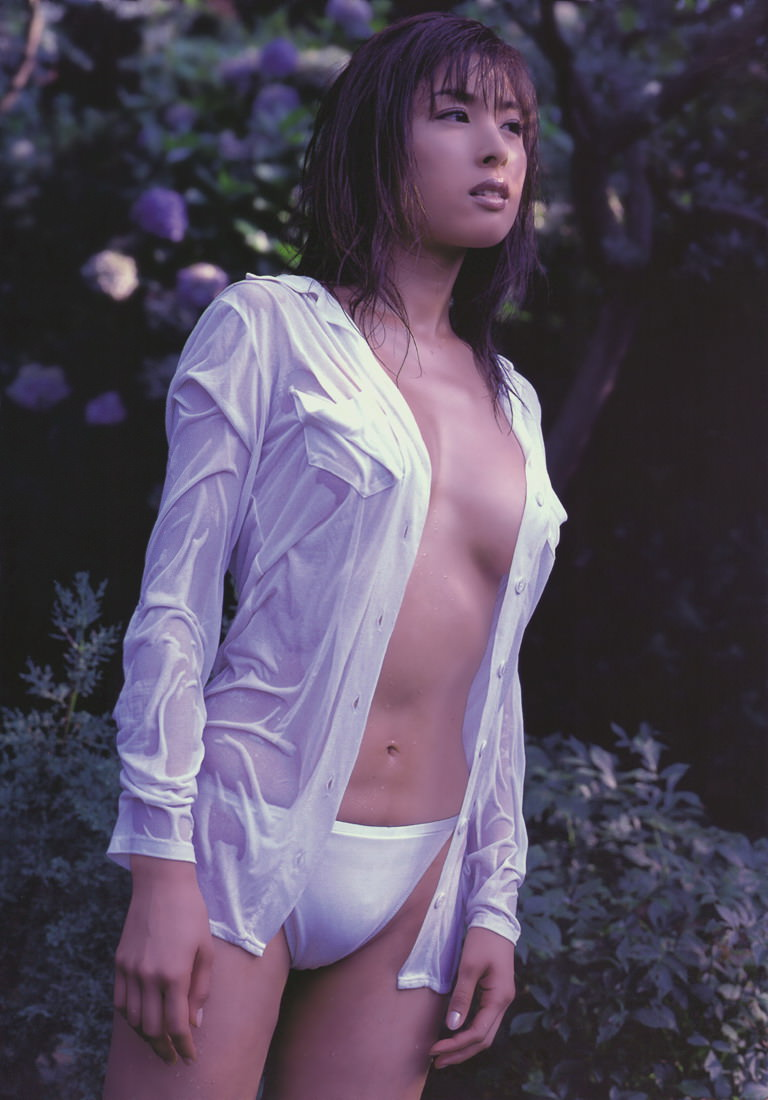 Rika Uesugi Photo Gallery