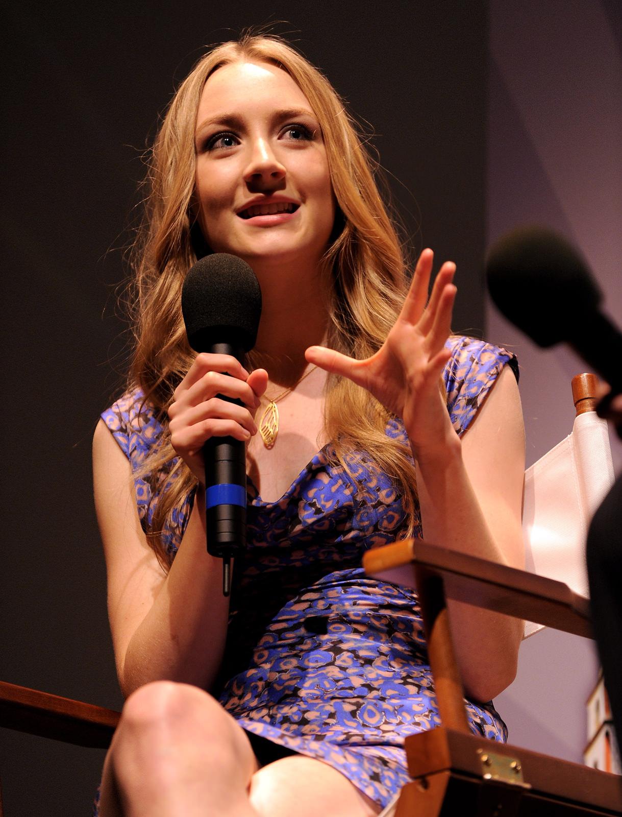 Saoirse Ronan Photo Gallery