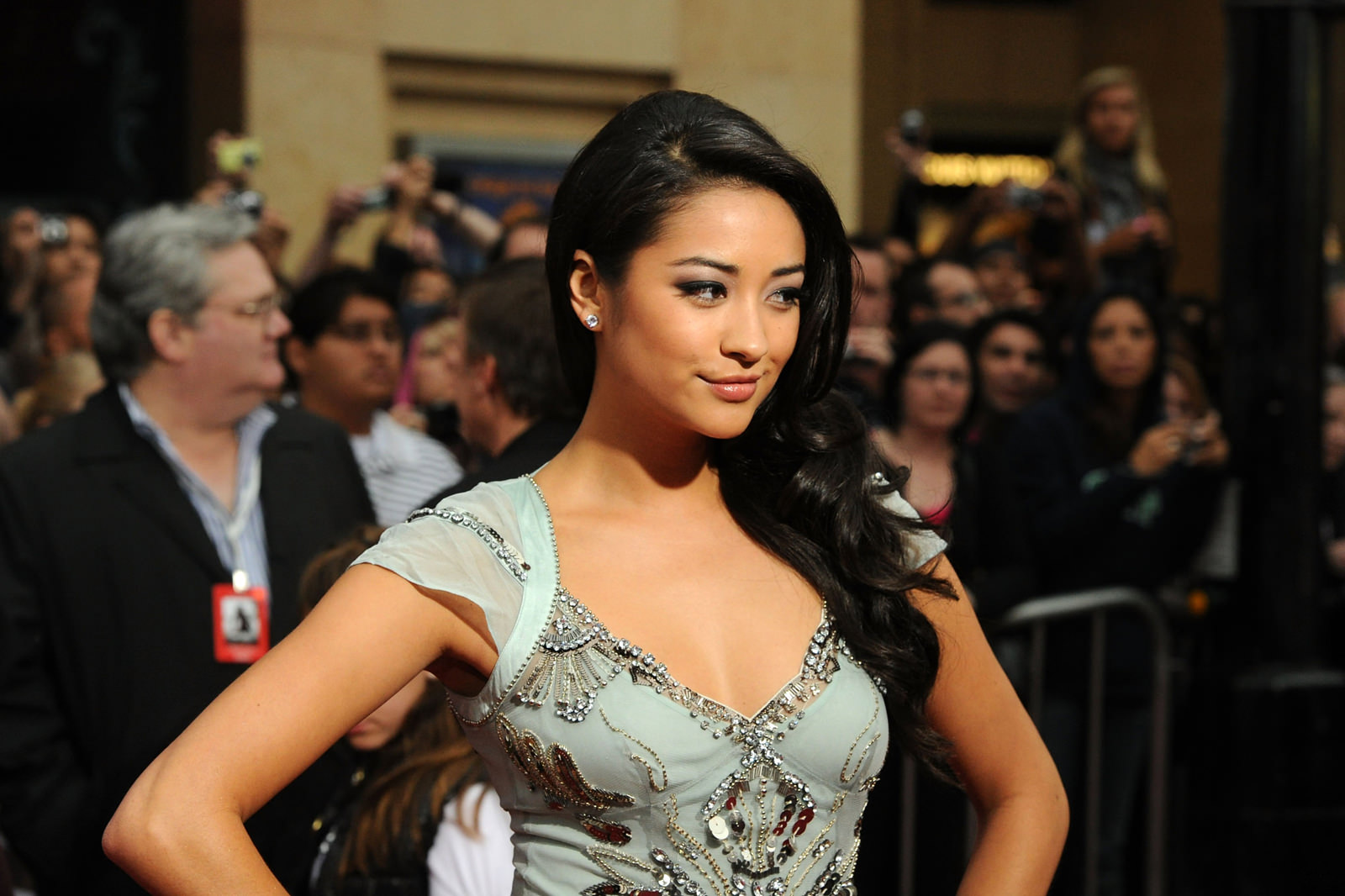 Shay Mitchell Photo Gallery