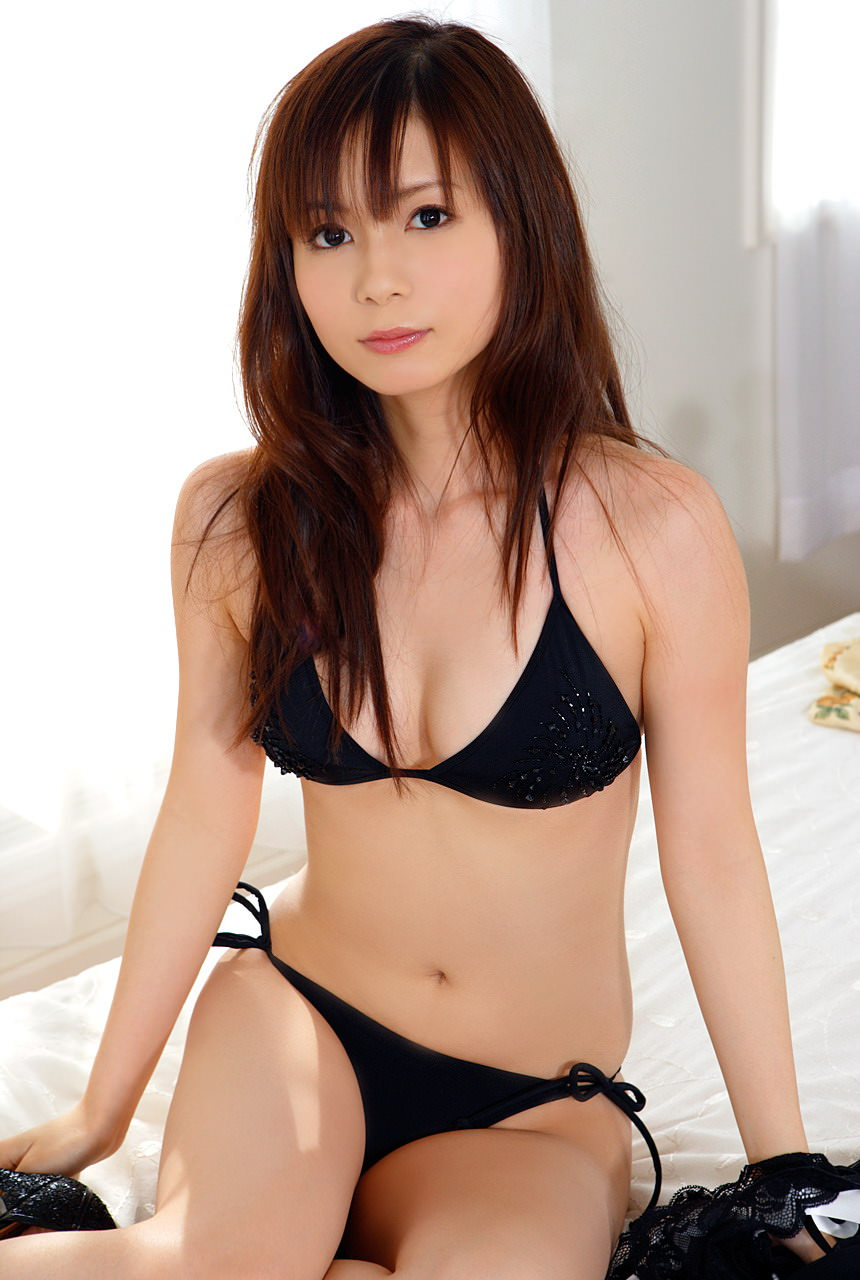 Shoko Nakagawa Photo Gallery