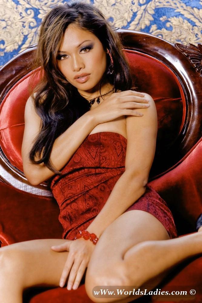 Sunisa Kim Photo Gallery